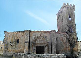 Gumiel de Mercado - Image: Iglesia De San Pedro Gumiel Del Mercado
