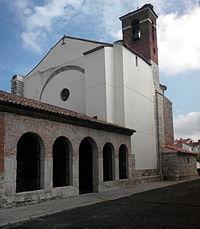 Iglesia de Santovenia de Pisuerga.jpg