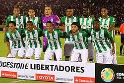 El equipo titular previo al juego de ida de la final de la Copa  Libertadores. 3cbfd3babf782
