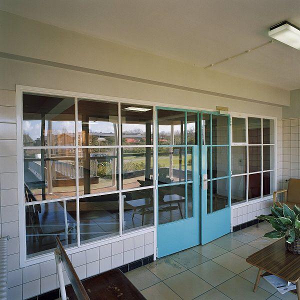 File interieur rechter vleugel keuken met originele for Interieur appartement aan zee