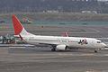 JAL B737-800(JA307J) (4403403673).jpg