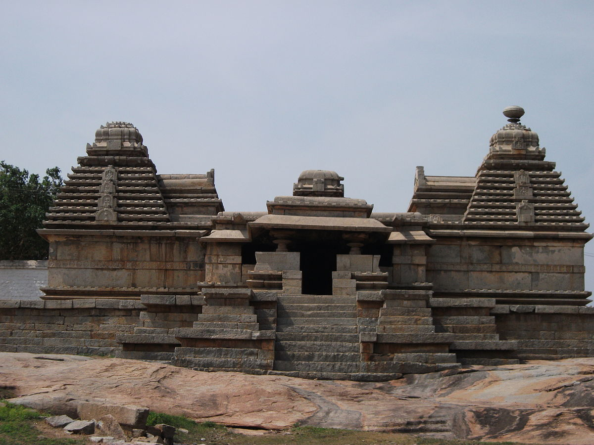 12 Must Visit Temples Of Hampi With Details