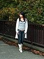 Japanese girl posing at Yoyogi Park, 2006-10-29.jpg
