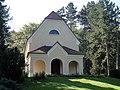 Jena Ostfriedhof Feierhalle (2).jpg