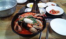220px-Jjamppong_in_Daejang_Jjamppong%2C_Changwon.jpg