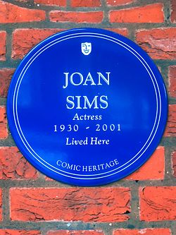 Joan sims actress 1930 2001 lived here