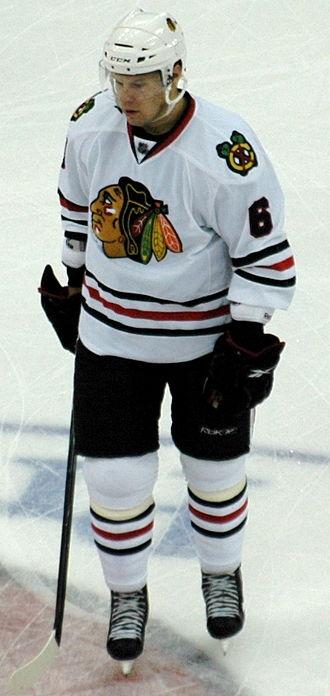 Alaska Nanooks men's ice hockey - Image: Jordan Hendry 1