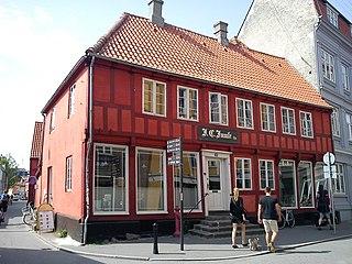 Juuls House