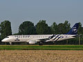 KLM Cityhopper Embraer 190 SkyTeam PH-EZX.jpg