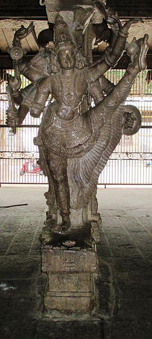 Kallazhagar temple - Ulagalantha Perumal, Vishnu's Vamana avatar