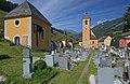 Kapelle und Friedhof.jpg
