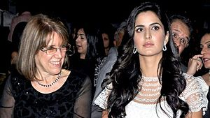 Katrina Kaif - Kaif with her mother at the People's Choice Awards India, 2012