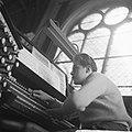 Katwijk aan Zee Jonge zeer begaafde organist Dick van Rijn uit aan het orgel va, Bestanddeelnr 912-3595.jpg
