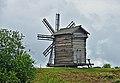 Kizhi WindmillVoroniyOstrov 007 6541.jpg