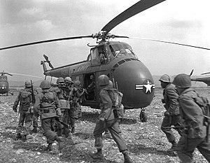 Divided family - Image: Korean War 02