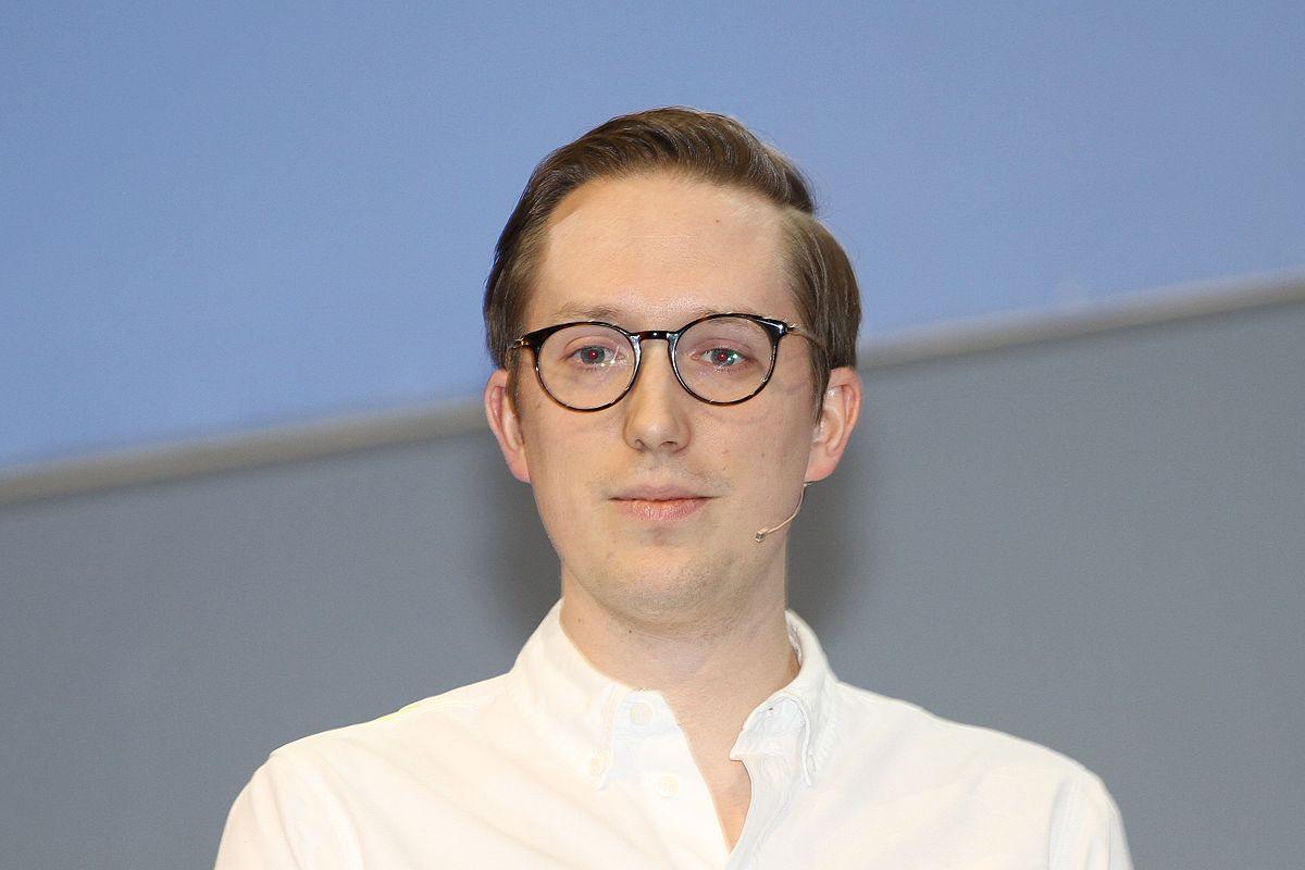 Kristian tonning riise wikipedia for Christian hopp