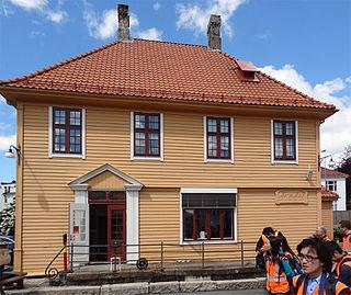 Kronstad Station railway station in Bergen, Norway