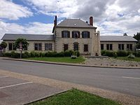La mairie de Saint-Hilaire-Bonneval.jpg