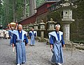 La procession Hyakumono-Zoroe Sennin Gyoretsu (Shunki reitaisai, Nikko) (42419849654).jpg