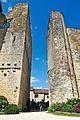 Larressingle - Château et église - 01 - 2016-05-15.jpg