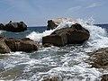 Le rocce dei Balzi Rossi.jpg