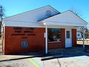Letohatchee, Alabama - Image: Letohatchee, Alabama Post Office 36047