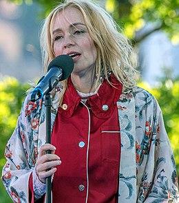 Lisa Ekdahl EM1B1471 (cropped).jpg