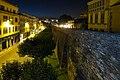 Lugo, muralla romana, Ronda de la Muralla, vista nocturna, 02.jpg