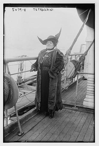 Luisa Tetrazzini - Tetrazzini in 1920
