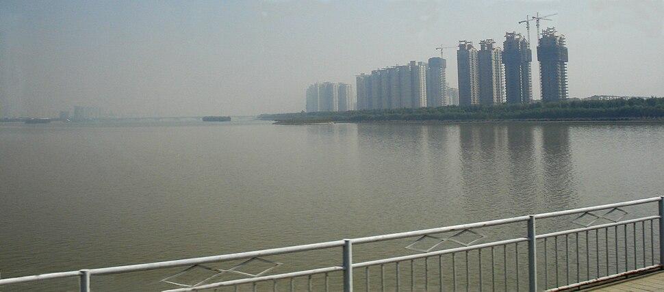 Luoyang-most.przez.rzeke.LuoHe.przed.ujsciem.do.HuangHe