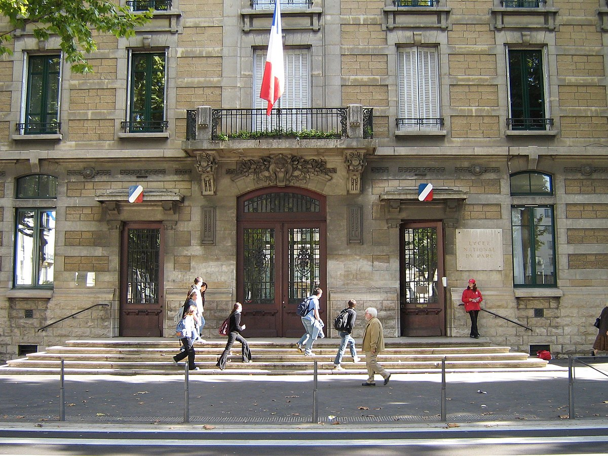 Hotel Du Parc Gare Montparnabe