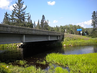 Wisconsin Highway 139 - Northern terminus over the Brule River crossing as WIS 139 transitions to M-189