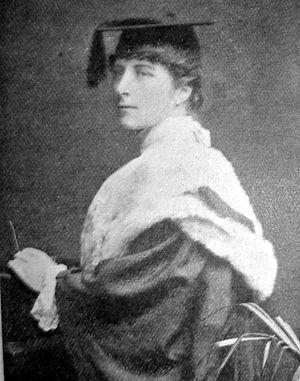 Máire Ní Chinnéide - Máire Ní Chinéide at her graduation