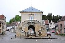 Mairie-lavoir de Beaujeu 70 260409 1.jpg