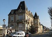 Mairie neuilly en thelle.JPG