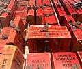 Maison Pic, exemplaires anciens du Michelin - autre vue.JPG