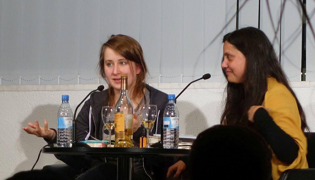 Margarete Stokowski und Mithu Sanyal, April 2017 (2).jpg