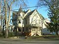 Mary Tyler Moore House.jpg