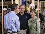 Matt Lauer talks with President George W. Bush and Laura Bush.jpg