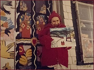 Maud Lewis - Lewis in front of her home