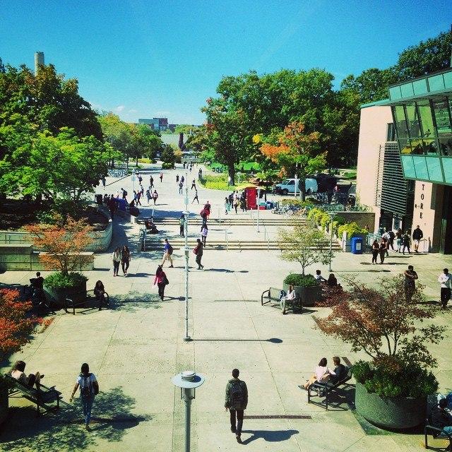 McMaster University Student Centre Plaza
