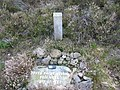 Memorial to Bruce Bayne Bossom - geograph.org.uk - 968998.jpg