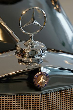 300px Mercedes benz star amk Three Record Breaking Sales Figures Achieved by Mercedes Benz