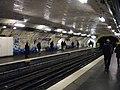 Metro Paris - Ligne 2 - station Villiers 01.jpg