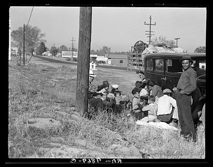 Mexican Migrant Workers in the Imperial Valley., From WikimediaPhotos