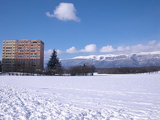 Meyrin - Snow around an apartment complex on the outskirts of Meyrin