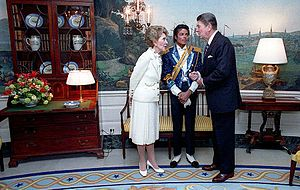 Pete Souza - President Reagan and Nancy Reagan with Michael Jackson, White House, 1984, by Souza.