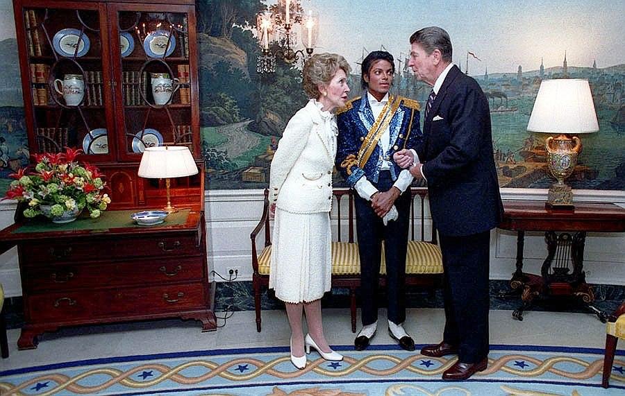 Michael Jackson Reagan Pete Souza 1984