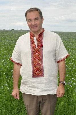 Мішель Терещенко на тлі поля льону, 2014.