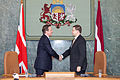 Ministru prezidenta Valda Dombrovska tikšanās ar Apvienotās Karalistes Ministru prezidentu Deividu Kameronu (8515578314).jpg